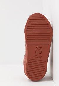 Veja - SMALL ESPLAR MID  - Korkeavartiset tennarit - dried petale/petale rust - 5