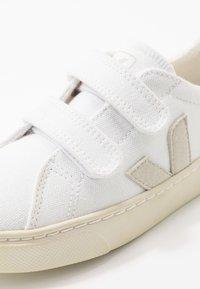 Veja - SMALL ESPLAR - Sneakers laag - white/natural - 2