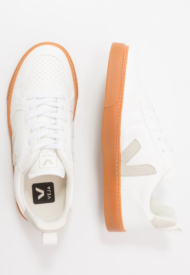 SMALL V-10 LACE - Trainers - white