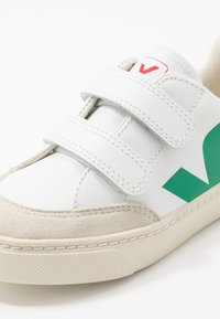 Veja - SMALL - Sneakers laag - extra white/emeraude/pekin - 2