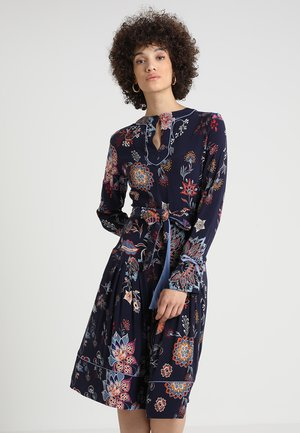 DRESS FLORAL PRINT - Freizeitkleid - marine