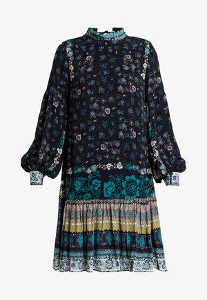 PRINTED DRESS - Korte jurk - black