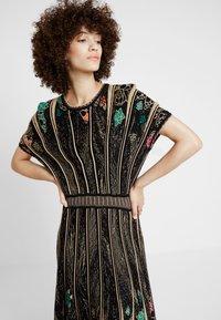 Ivko - DRESS PATTERN - Robe pull - black - 3