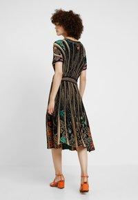 Ivko - DRESS PATTERN - Robe pull - black - 2