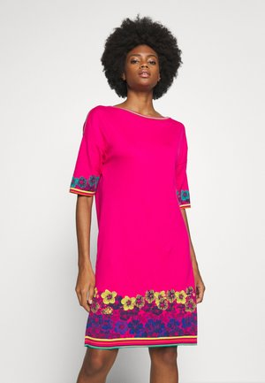 DRESS INTARSIA PATTERN - Jumper dress - pink