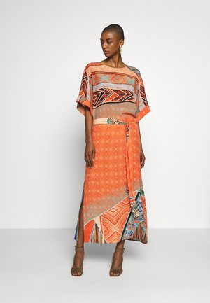 DRESS GEOMETRIC PATTERN - Day dress - cinnabar