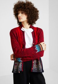Ivko - GEOMETRIC PATTERN - Strickjacke - red - 0