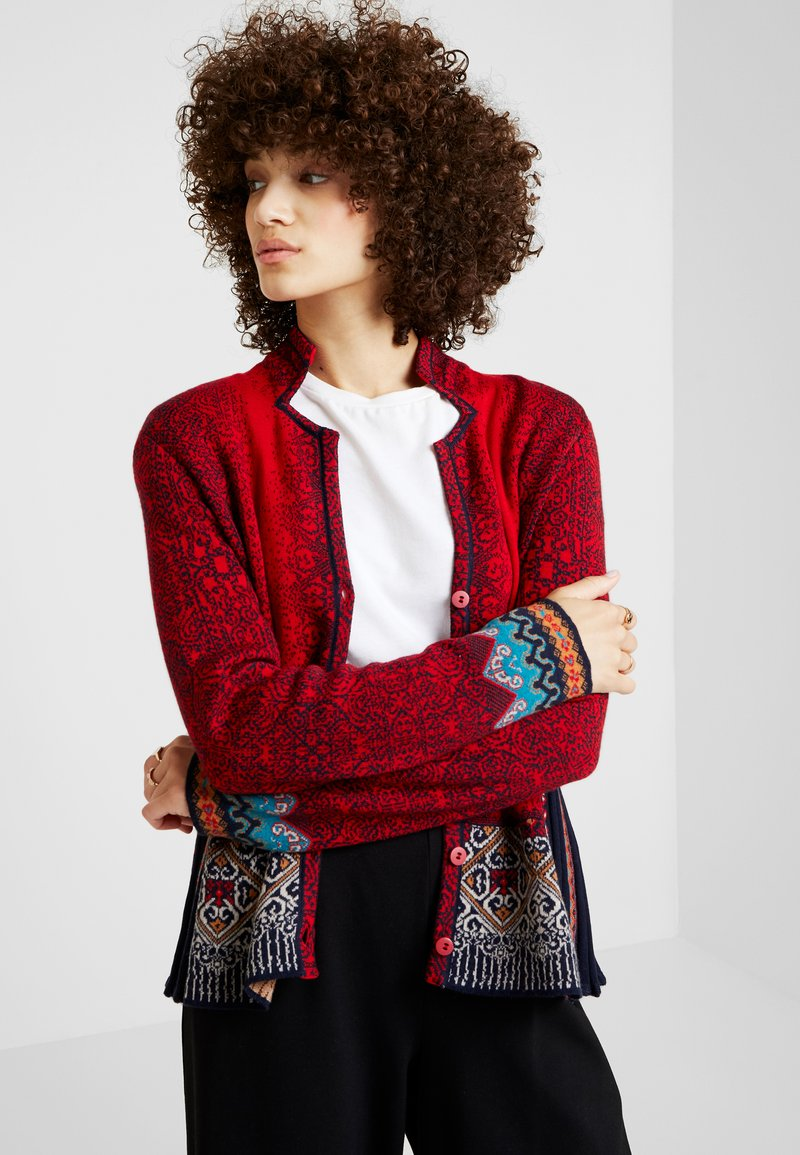 Ivko - GEOMETRIC PATTERN - Cardigan - red