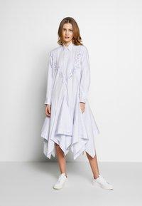 van Laack - WJWK2-WOLFGANG JOOP - Shirt dress - weiß blau - 1