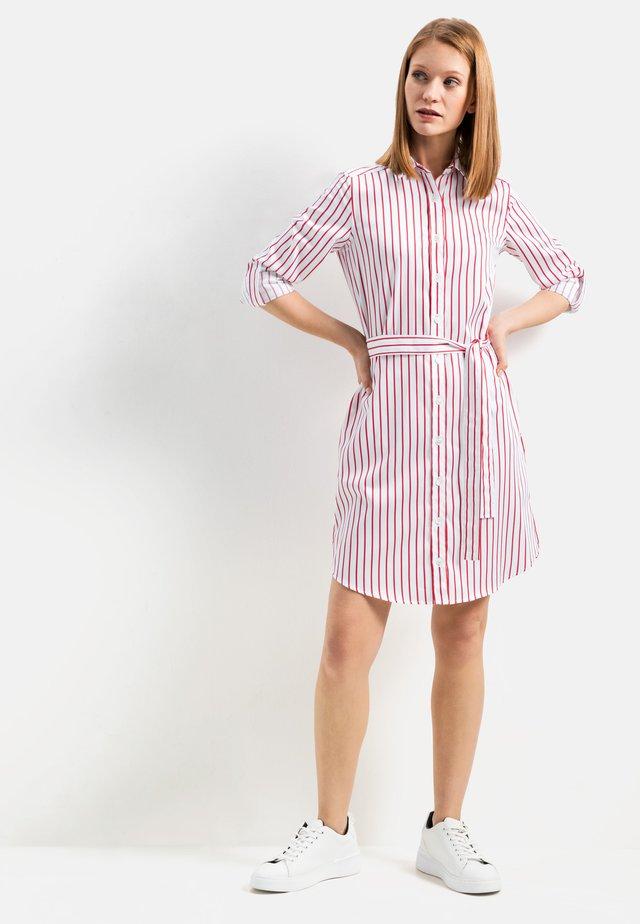 KEAS SLIM FIT - Shirt dress - weiß rot/rose
