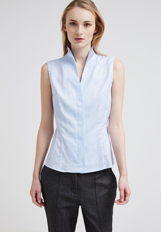 ALISA - Overhemdblouse - light blue