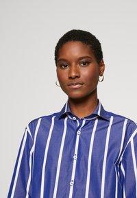 van Laack - PRINCESS - Overhemdblouse - blau - 3