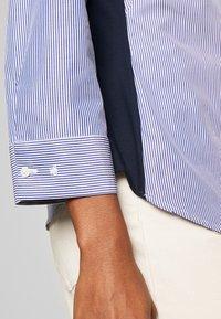 van Laack - WJWS2-WOLFGANG JOOP - Button-down blouse - navy - 5