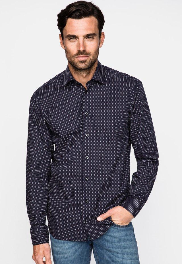 TAILOR FIT - Shirt - blue