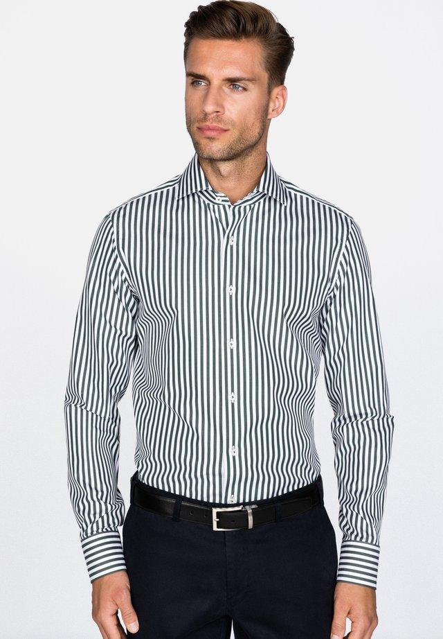 MIVARA SLIM FIT - Shirt - green