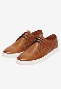 Van Lier - CARLO - Derbies & Richelieus - brown - 2