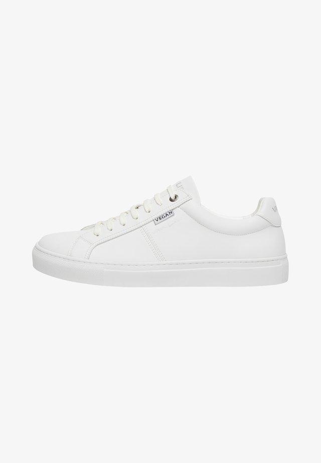 SCHOENEN NOVARA - Sneakers laag - weiß