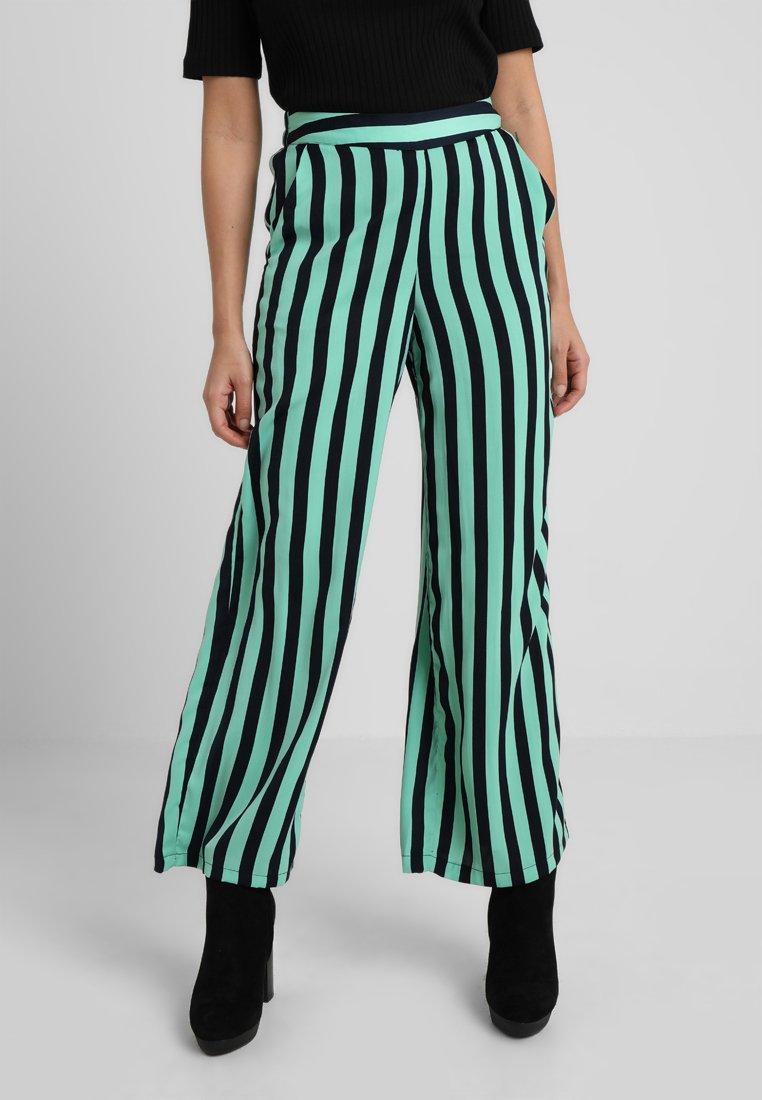 Vero Moda Petite - VMSTINNA COCO PANT - Trousers - wasabi