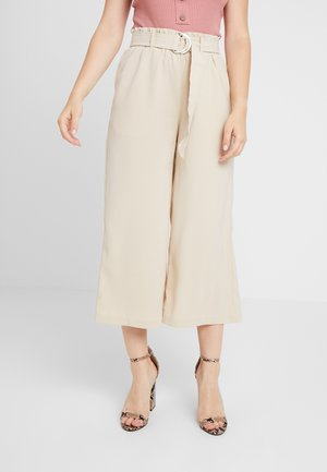 VMCOCO BELT CULOTTE - Trousers - oyster gray