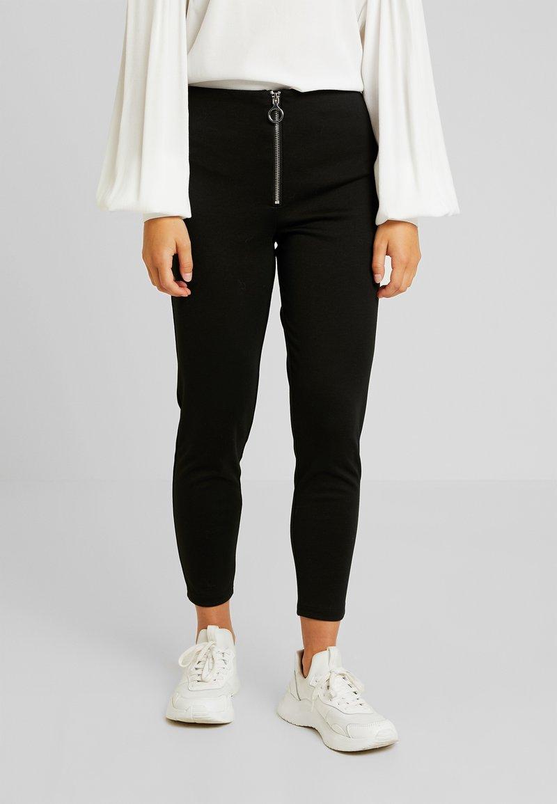 Vero Moda Petite - Stoffhose - black