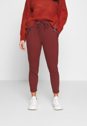 VMEVA MR LOOSE STRING ZIP PANT - Joggebukse - sable