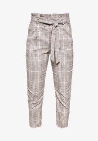 Vero Moda Petite - LOOSE PAPERBAG - Pantalon classique - silver mink/birch/light blue/black - 3