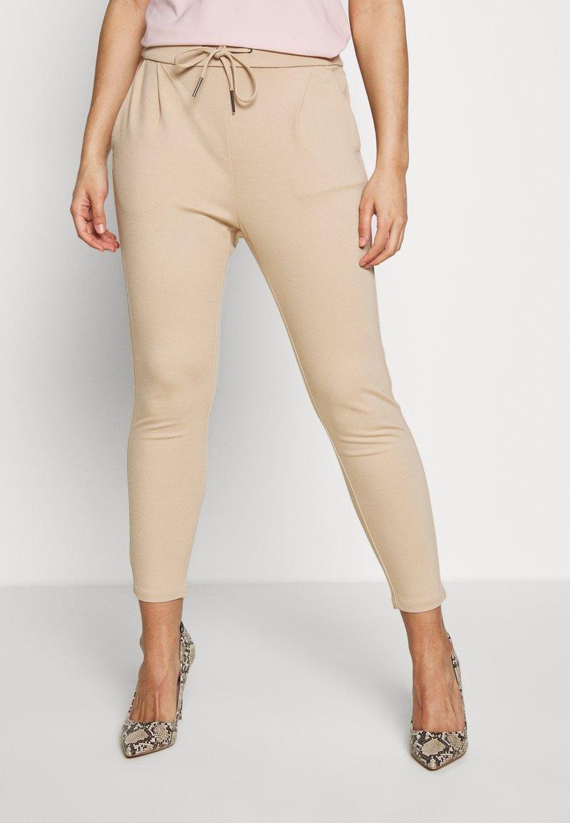 Vero Moda Petite - VMEVA LOOSE STRING PANTS - Joggebukse - beige