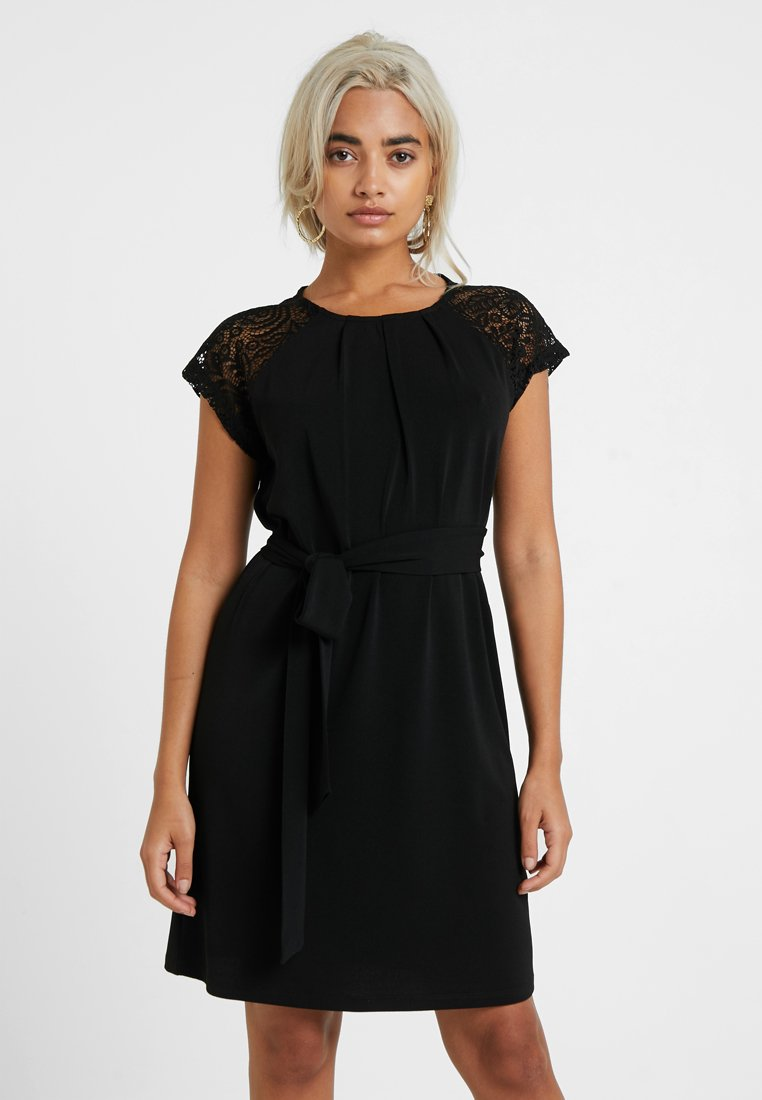 Vero Moda Petite - VMALBERTA DRESS - Jerseykleid - black