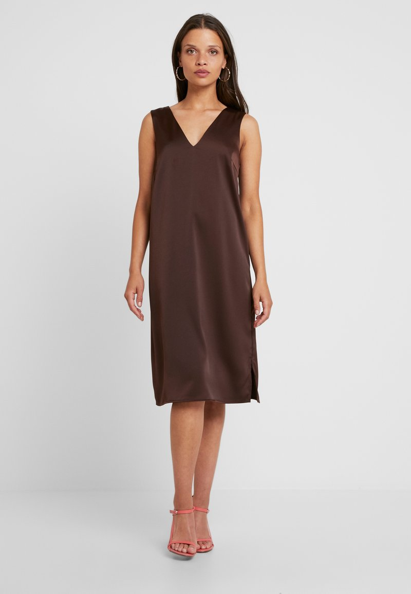 Vero Moda Petite - VMIMPORTANT DRESS - Day dress - brown