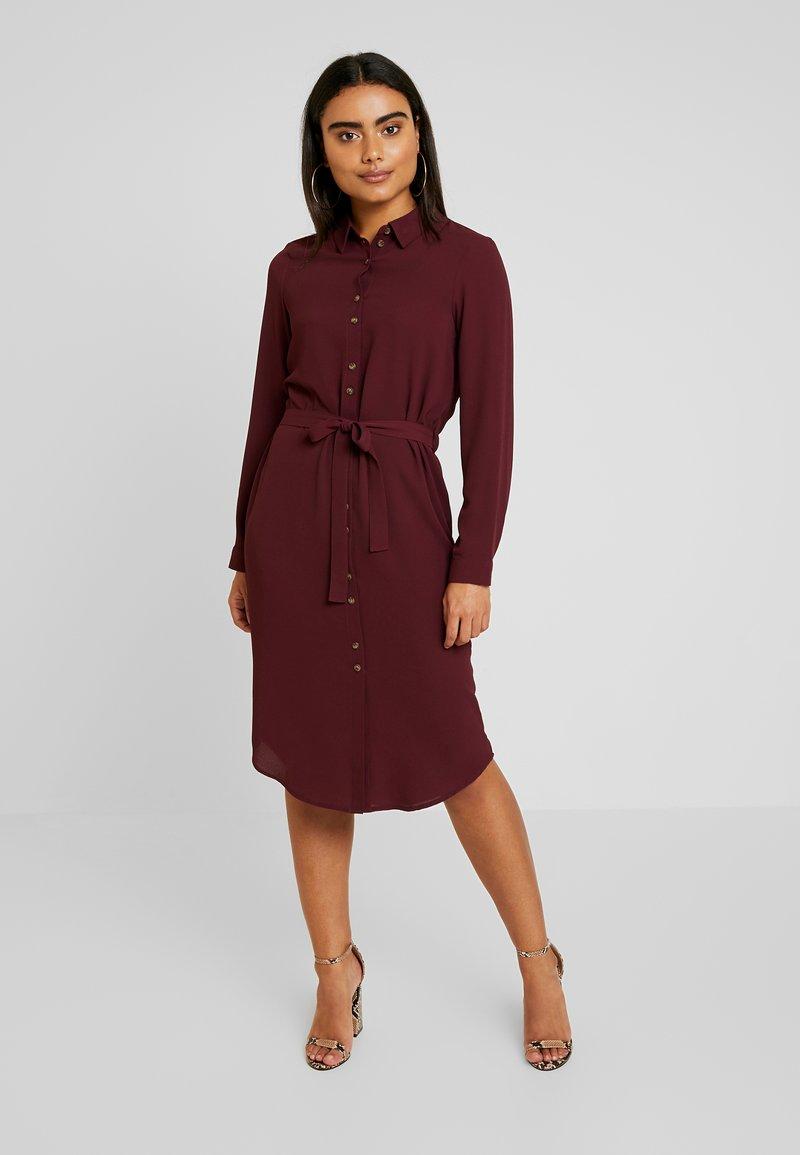 Vero Moda Petite - VMSASHA DRESS - Shirt dress - port royale