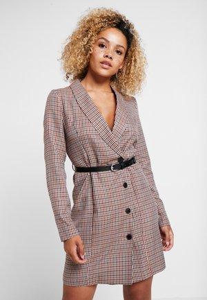VMALICIA SHORT DRESS - Kjole - tobacco brown
