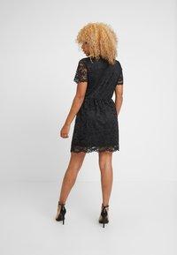 Vero Moda Petite - VMDORA SHORT DRESS - Robe de soirée - black - 3
