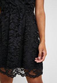 Vero Moda Petite - VMDORA SHORT DRESS - Robe de soirée - black - 4