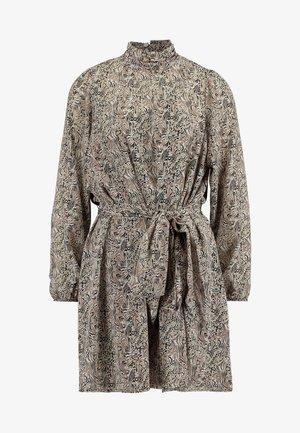 VMJOSEPHINE SHORT DRESS - Day dress - birch/josephine