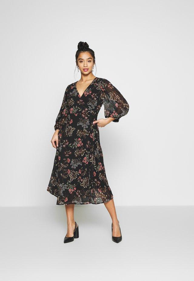 VMJULIE 3/4 CALF DRESS - Korte jurk - black