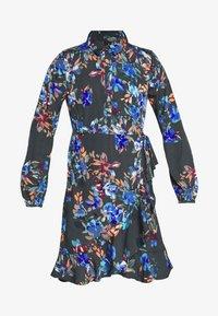 Vero Moda Petite - VMWINDY HENNA SHIRT DRESS - Košilové šaty - pirate black - 4
