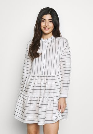 VMHANNAH BUTTON TUNIC VIP PETIT - Shirt dress - snow white/black