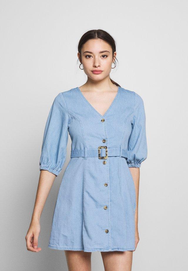 VMCLARISA SHORT DRESS - Denim dress - light blue denim