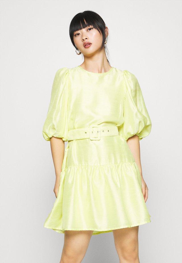 VMLOUI  - Sukienka letnia - sunny lime