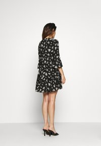 Vero Moda Petite - VMSIMPLY EASY SHORT DRESS  - Day dress - black - 2