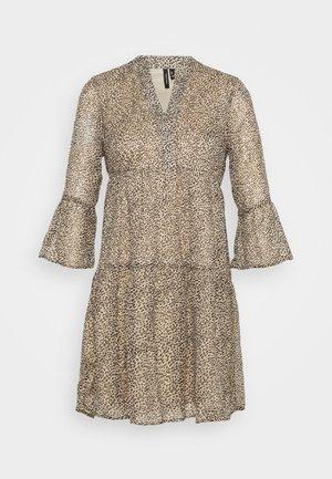 VMKAY 3/4 SHORT DRESS  - Vestito estivo - tan