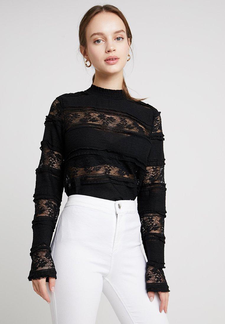 Vero Moda Petite - VMTHEA - Bluse - black