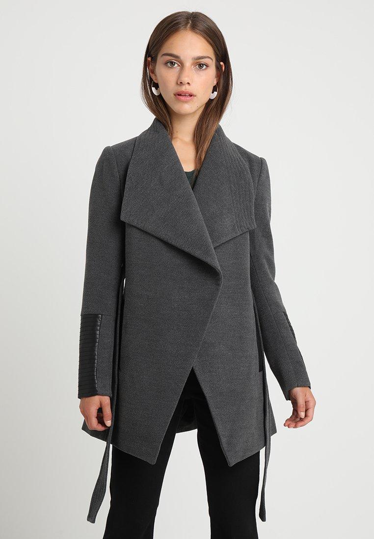 Vero Moda Petite - VMCALA - Halflange jas - dark grey