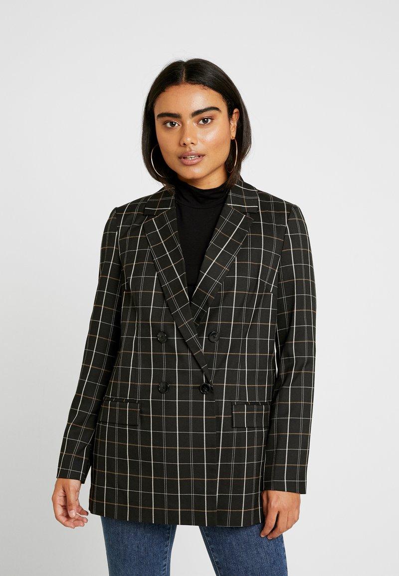 Vero Moda Petite - VMCARNIE LAJA - Short coat - black