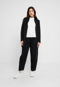 Vero Moda Petite - VMBRINE - Blazer - black - 1