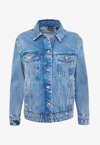 Vero Moda Petite - VMKATRINA LOOSE JACKET MIX - Denim jacket - light blue denim - 3