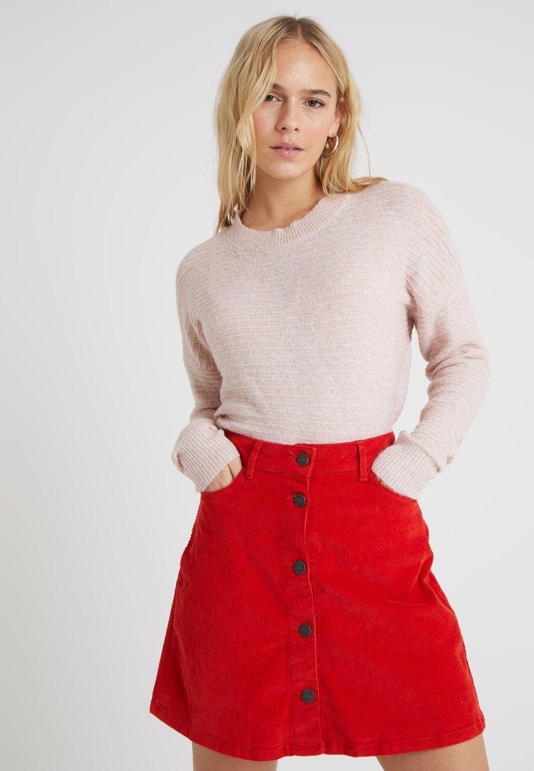 Vero Moda Petite - VMDOFFY STRUCTURE  - Strickpullover - misty rose
