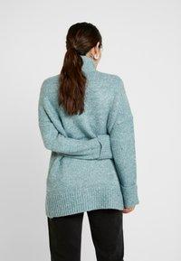 Vero Moda Petite - VMBERKO - Stickad tröja - north atlantic/melange - 2