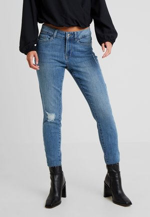 VMSEVEN - Jeans slim fit - medium blue denim