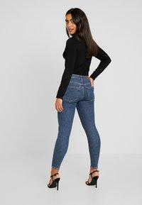 Vero Moda Petite - VMTERESA MR JEANS - Jeans Skinny Fit - dark blue denim - 2